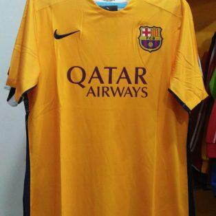 Kaos pria Qatar